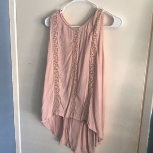 Sleeveless blouse in dusty pink